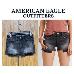 NEW American Eagle Hi-Rise Shortie Denim Shorts